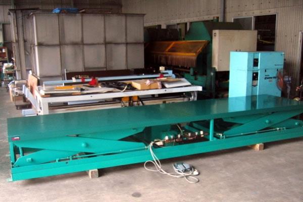 竹中工業 テーブルリフター2